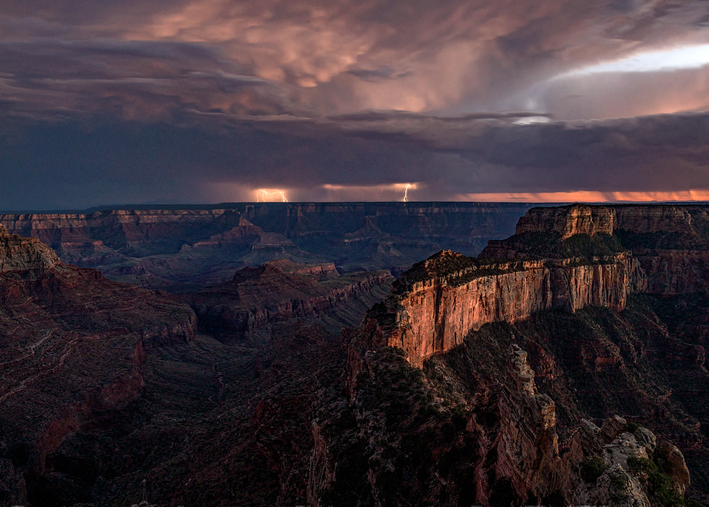 North-Rim-Lightning